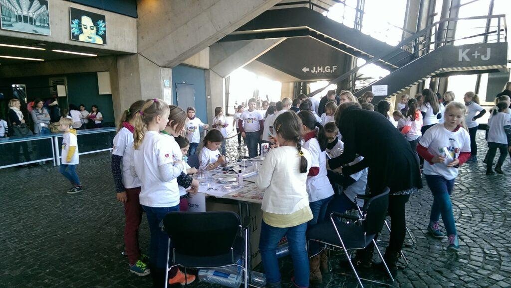 Kinder UNI Aktion im Audimax Bochum