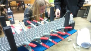 Brückenbauprojekt im Bereich Technik
